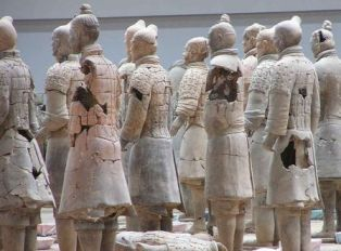 terracotta army assembling warriors